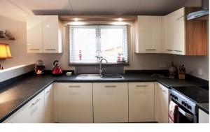 Kitchen Woody1