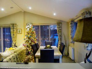 Woodys Lodge at Christmas