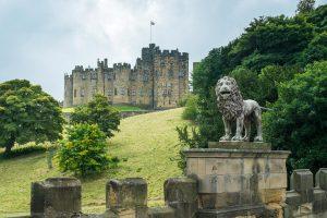 alnwick-castle-acorn-leisure-holidays-northumberland
