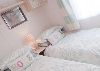 twin room retreat
